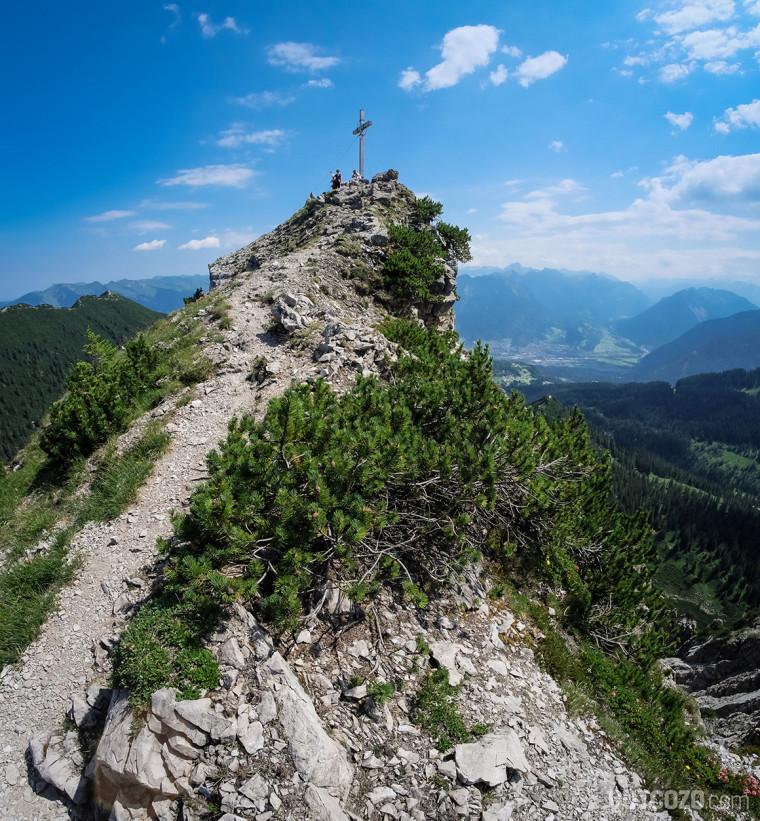 Schillerkopf Gipfelgrat mit Gipfelkreuz