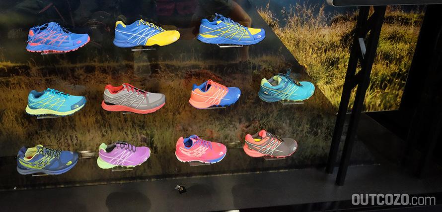 MEN'S ULTRA ENDURANCE 313g pro Schuh (Herren Größe 41) FARBE: Blue Quartz / Fressia Yellow WOMEN'S ULTRA ENDURANCE 255g pro Schuh (Damen Größe 38) FARBE: Blue Quartz / Rocket Red