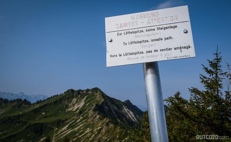 Löffelspitze Warnschild Steig