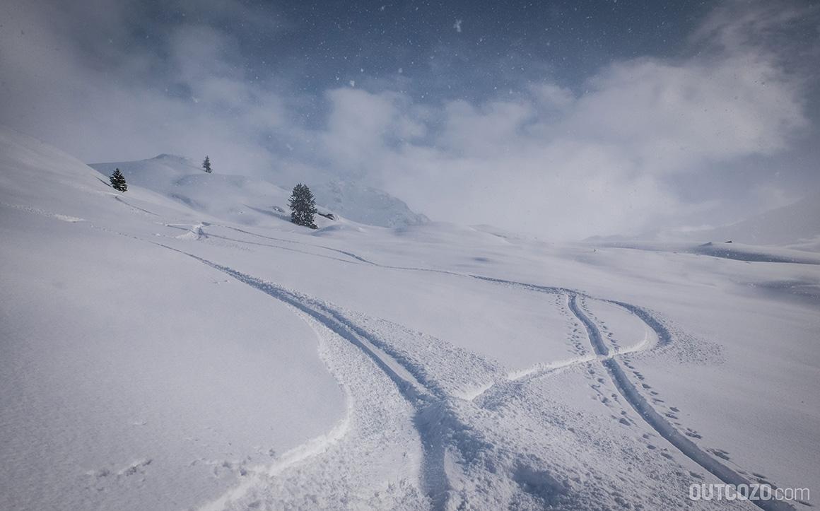 sonne, nebel und perfekter schnee