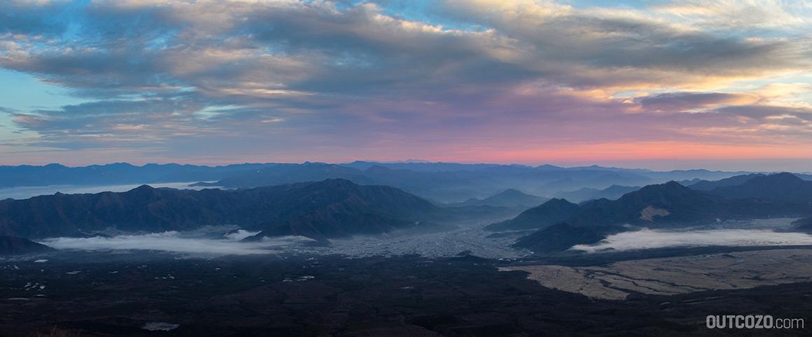 Sonnenaufgang Fujiyoshida, zwischen Lake Kawaguchi und Yamanaka