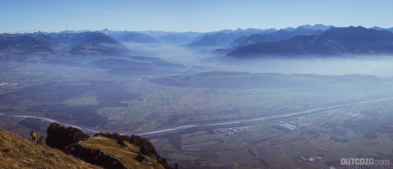 Ausblick vom Lienzer Spitz Richtung Rheintal
