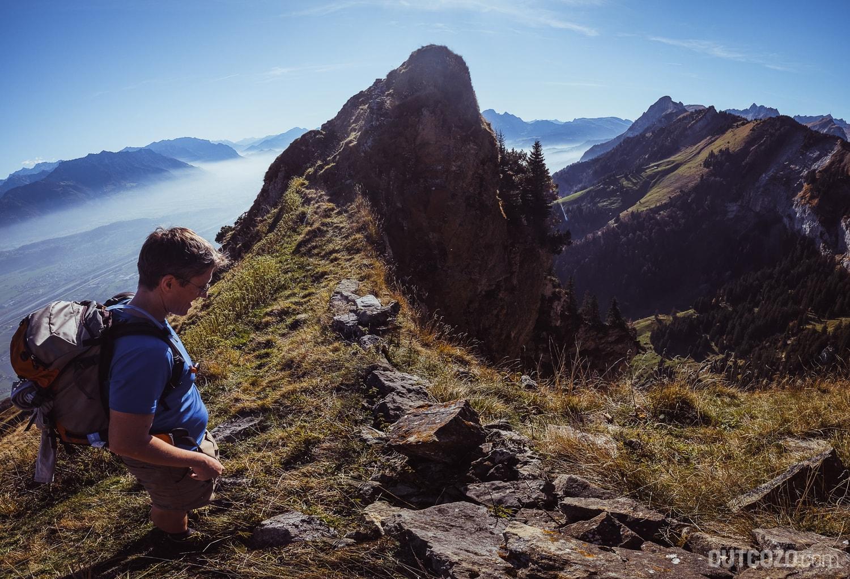 Hoher Kasten Steilwand über Berggasthaus Alp Rohr