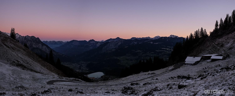 Alpila Alpe Gauertal bei Sonnenaufgang