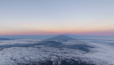 Sonnenuntergang auf dem Mount Fuji in Japan
