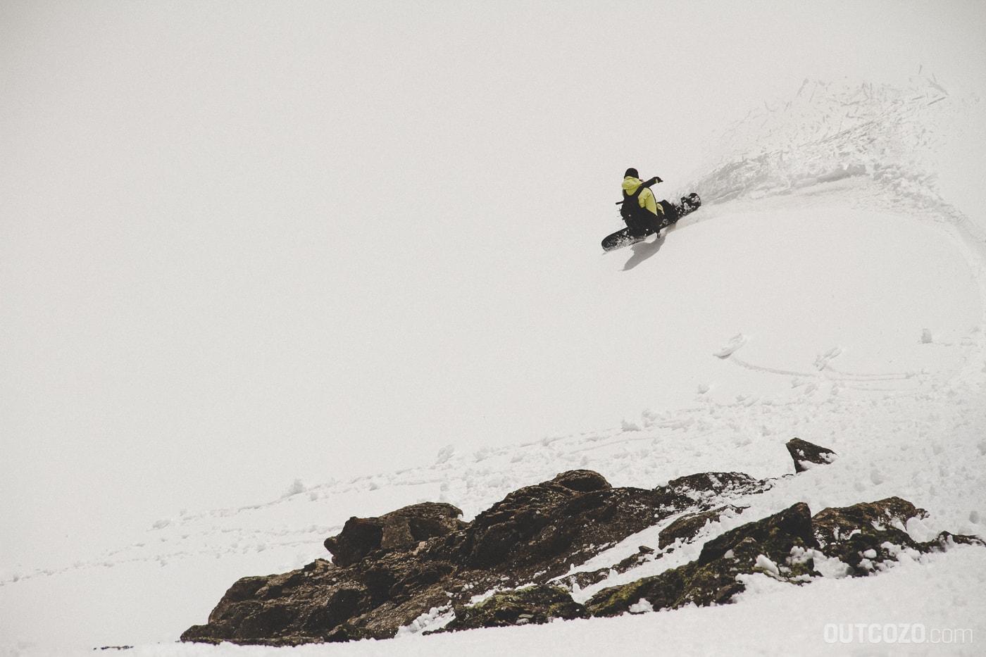 Surfen im Firn mit dem Snowboard