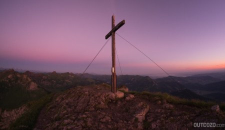 Sonnenaufgang am Gipfel der Kanisfluh