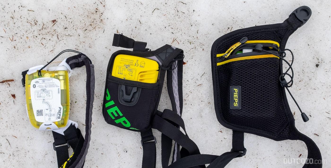 Pieps Micro BT / Button Größenvergleich mit Tasche